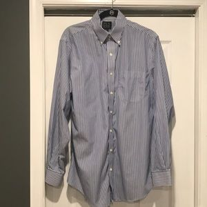 Long sleeve, blue and white stripe button down